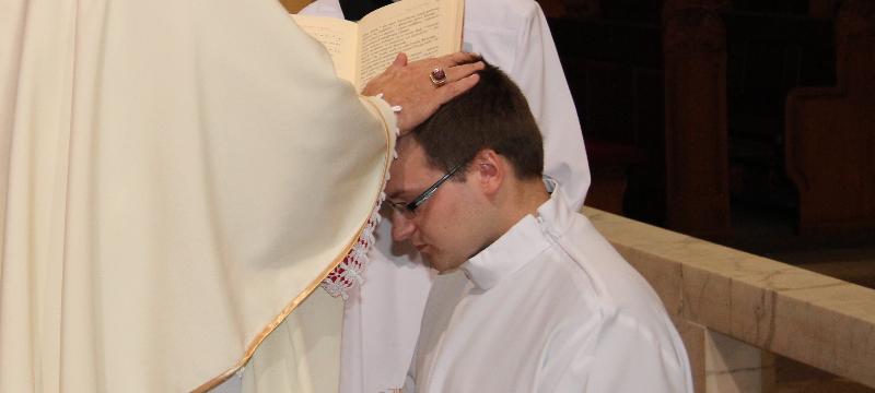 Syn naszej parafii przyjął święcenia diakonatu