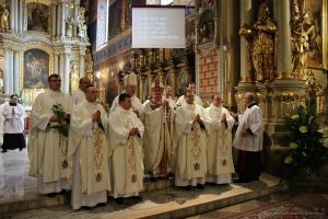 Biskup Janiak wyświęcił czterech kapłanów - cz. 1